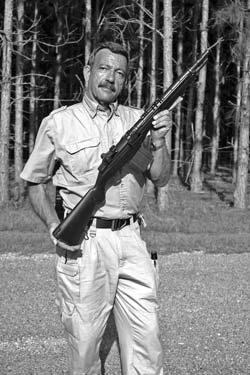 No M14 rifles have been released for civilian surplus purchase by US military; best bet, says author, is commercially manufactured Springfield Armory M1A series. Ayoob is shown here with his favorite example of that breed, the SOCOM-16.