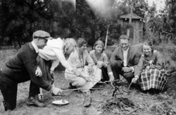 A wiener roast was a simple, affordable pleasure during the Depression days.