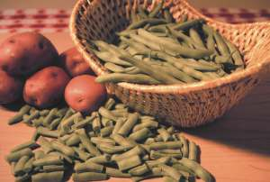 Green beans and potatoes, one of the Great Depression's main courses, is still delicious and often stirs memories.