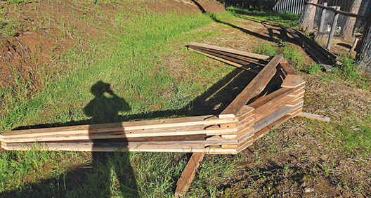 gambrel trusses for the bunkhouse roof
