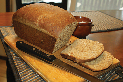 Old-fashioned three-grain bread