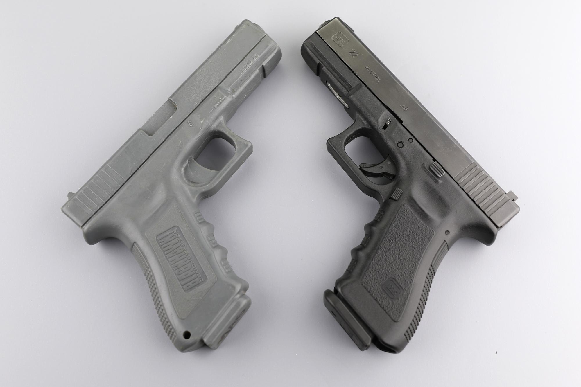 Glock 17 and Dummy Glock 17